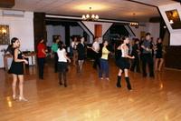 Sedinta de Grup, Academia de Dans