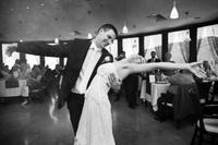 Academia de Dans, dansul mirilor